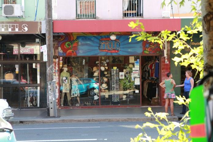 Tammy_de_fox_vintage_newtown_sydney_2012-45