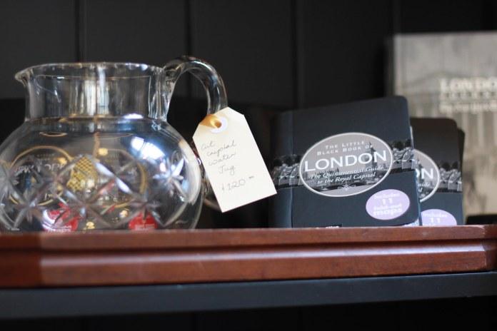 Tammy_de_fox_vintages_newtown_sydney_2012-19