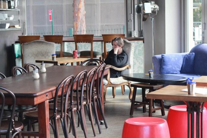 Tammy_de_fox_vintages_newtown_sydney_2012-2