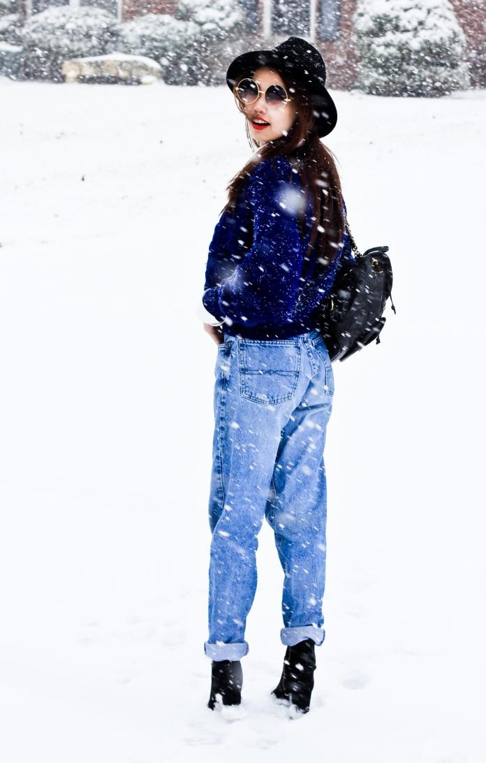 tammy_de_fox_style_bluesweater-4